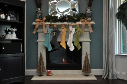 Leichte Deko für Weihnachten und Neujahr kaminsims dekoration