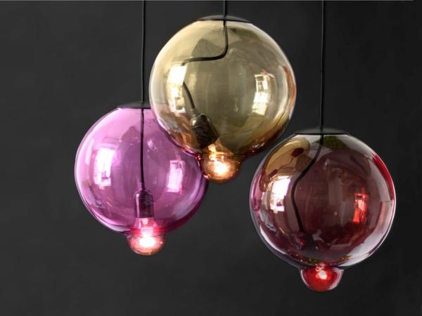 Holz Lampen Von Johan Lindstén ~ Meltdown Kugellampe aus Buntglas glühbirne hängend design