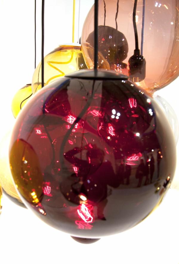 Meltdown Kugellampe aus Buntglas originell inspiration