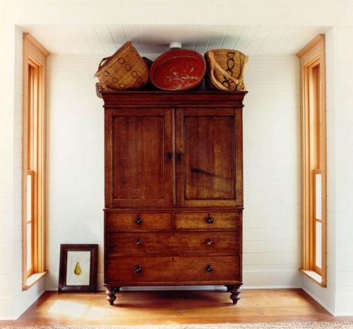 Qualität der antiken Möbel gemustert kleiderschrank   massiv