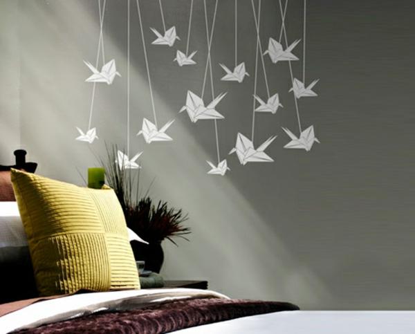 schönes Wandtattoo und Wandsticker als Dekoration origami
