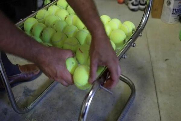 Stuhl  Tennisbälle wiederverwendet umweltfreundlich coch
