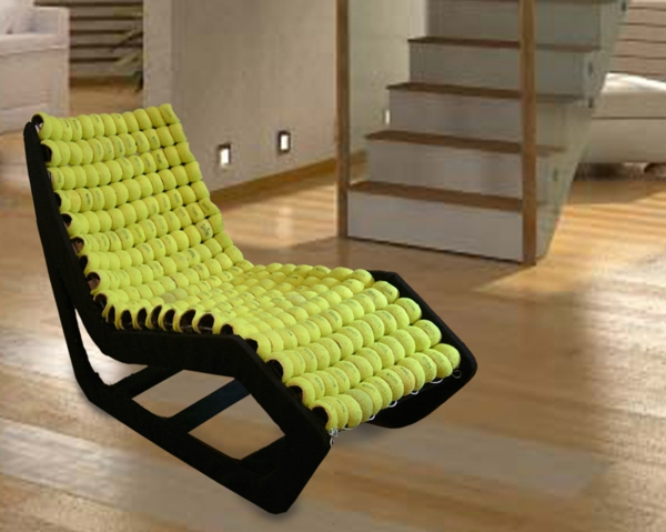Stuhl design aus tennisb llen von gabriel coch for Design stuhl freischwinger piet 30