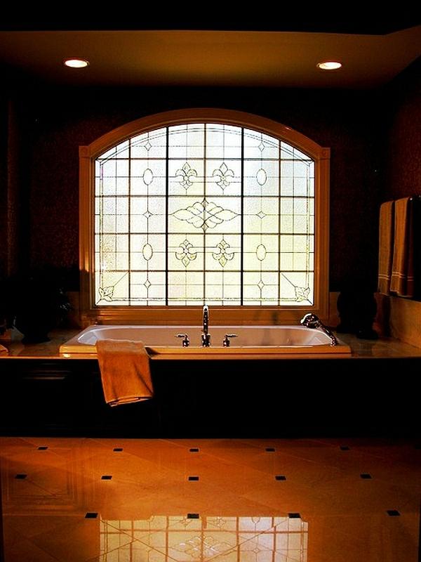 Tageslicht zu Hause mit Stil fenster badezimmer badewanne