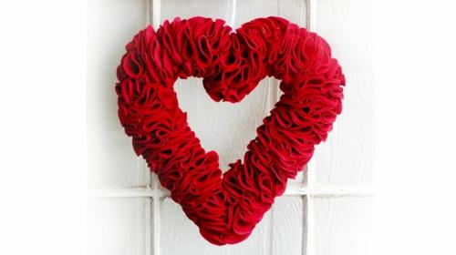 idee raum herz kranz valentinstag rot