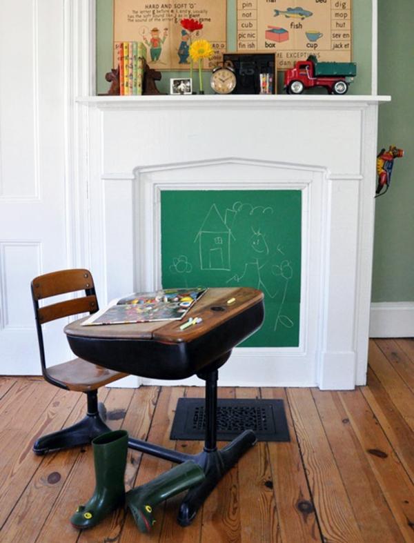 Wohnideen für einen cool dekorierten Kamin schultafel