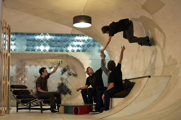 außergewöhnliche häuser skateboard haus