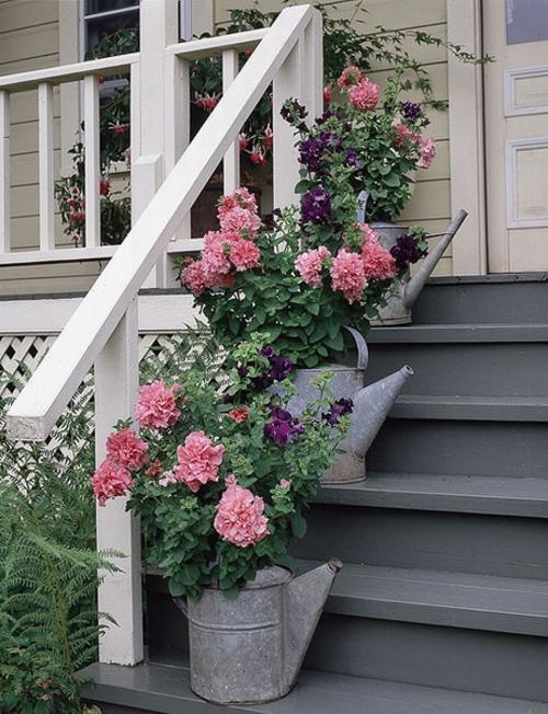 coole Vintage Blumentöpfe originell dekorativ gießkannen