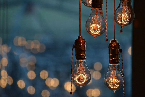 coole diy lampen aus glühbirnen hängeleuchten blickpunkt