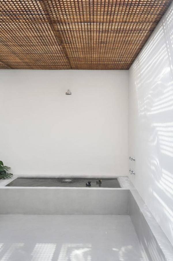 dachfenster-skylight-mit-holz-sichtschutz