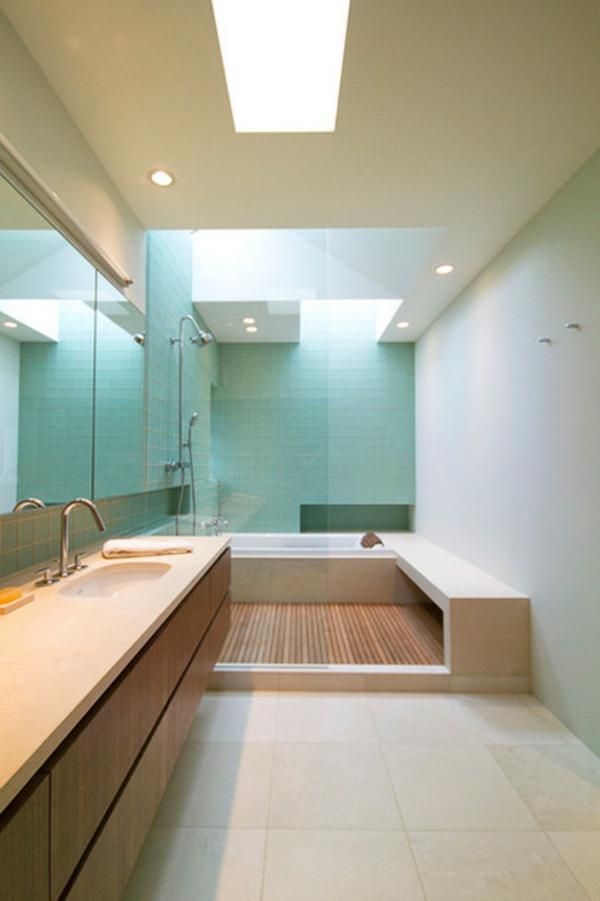 dachfenster-skylight-und-einbauleuchten-im-bad