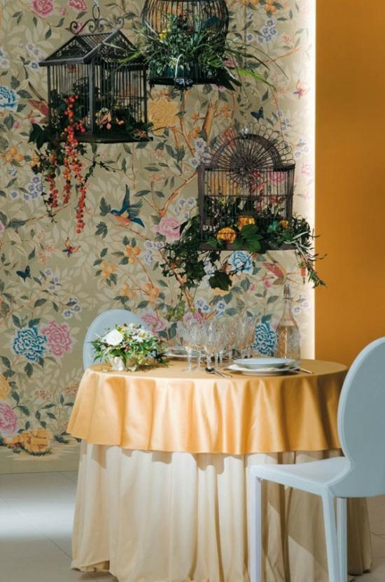 dekofliesen mit floralen mustern und vögeln