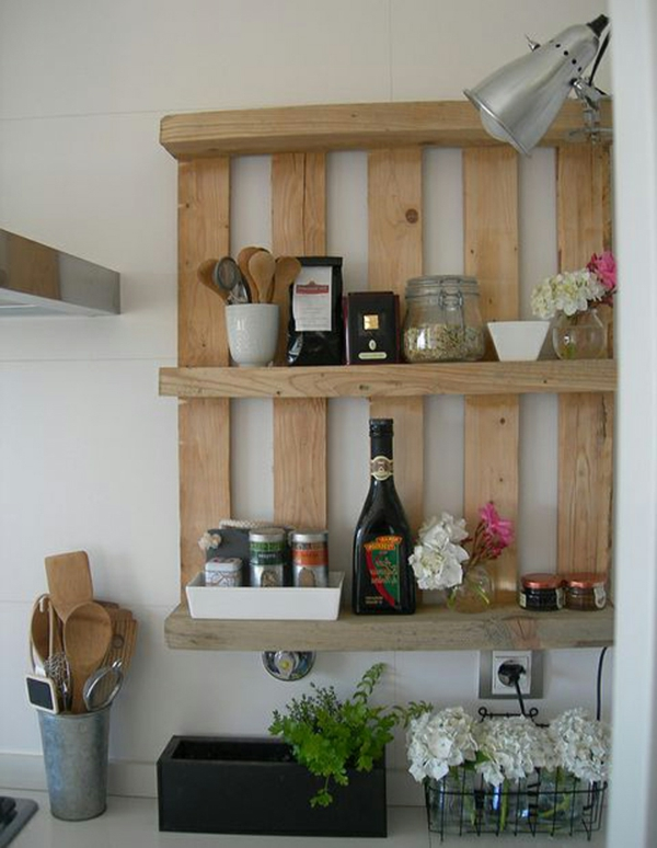 europaletten recyceln diy m bel aus holzpaletten. Black Bedroom Furniture Sets. Home Design Ideas