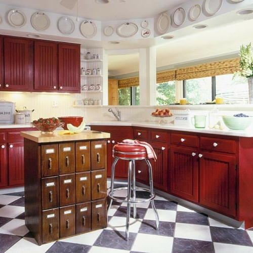 kücheninsel vintage stil mit vielen fächern