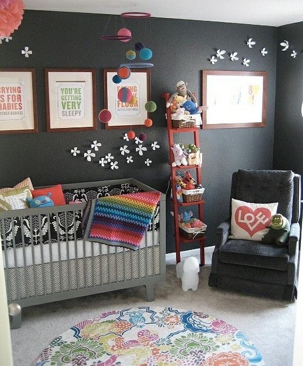 leiterregal wandregale DIY schlafzimmer babybet schwarz wände