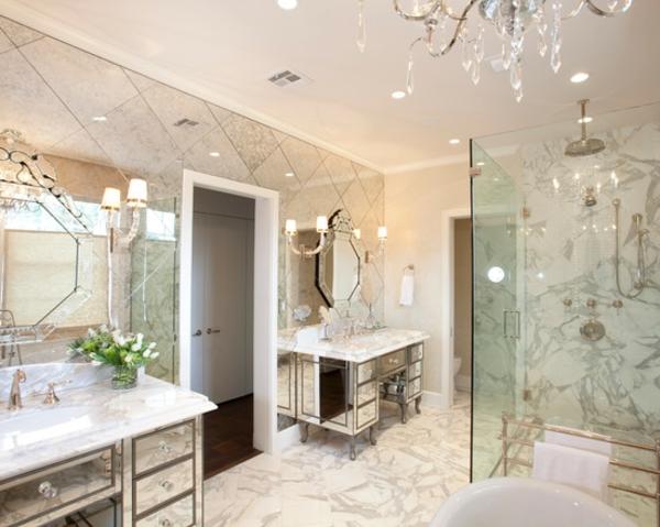 Romantisches bad einrichten wertvolle tipps und for Espejo hexagonal ikea