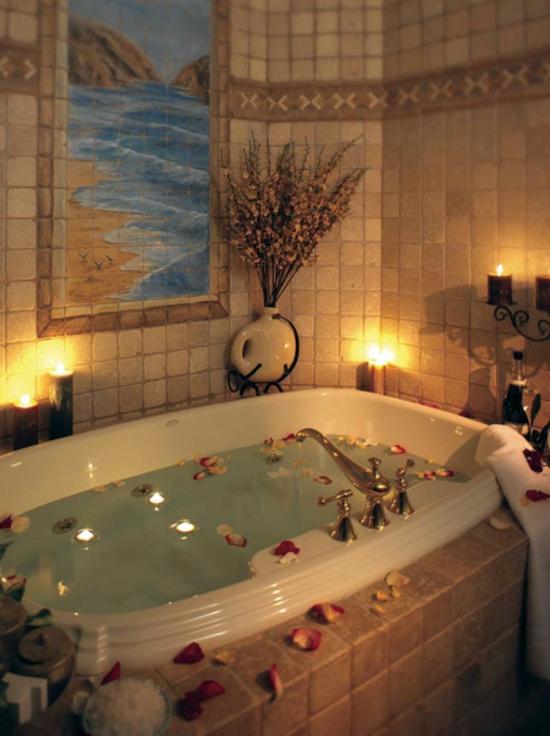 romantisches badezimmer stumpenkerzen und fliesen kunst