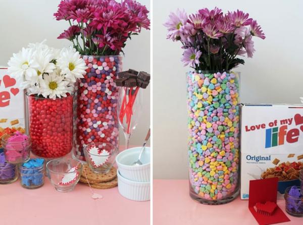 selbstgemachte Valentinstagsgeschenke mit bunten bonbons