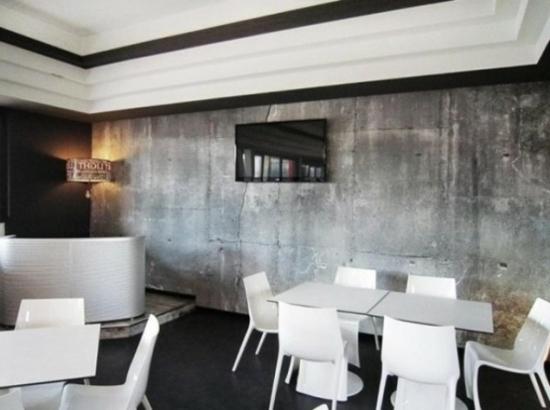 neobarock wohnzimmer:Tapeten in Betonoptik für ein Interieur mit industriellem Touch