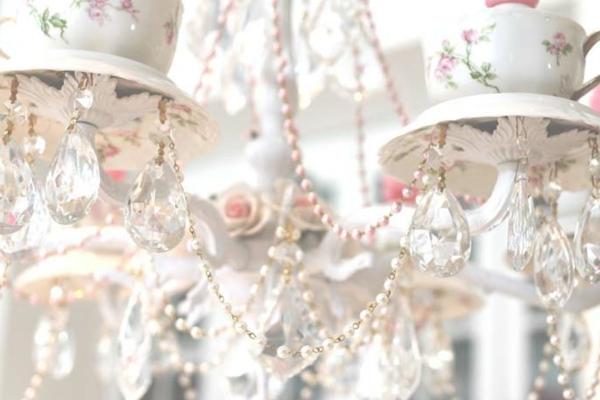 teetassen kronleuchter mit perlen und kristallen