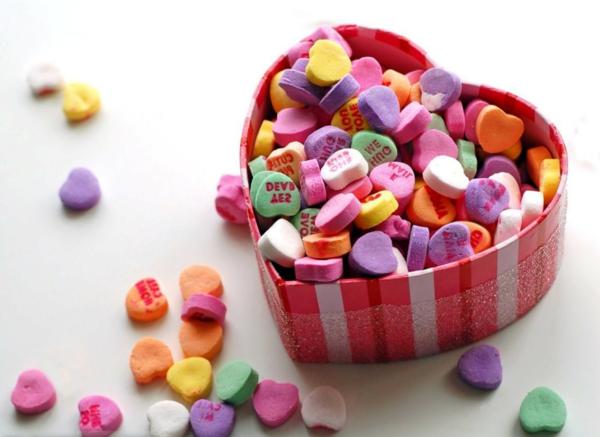 valentinstag-bunte-bonbons