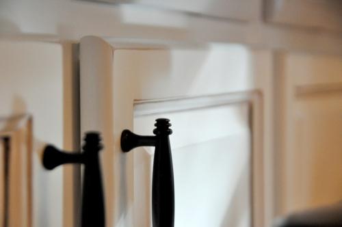 Bastelideen für alte Küchenschränke haltgriffe