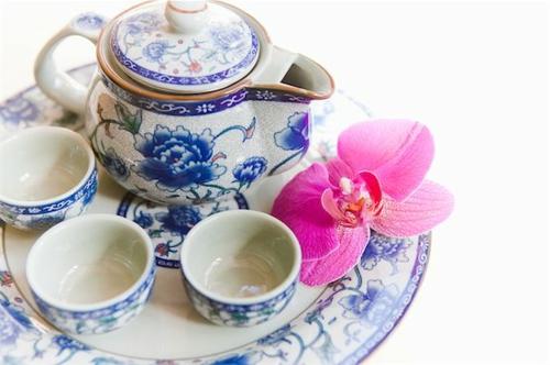 porzellan weiß blau teegeschirr elegant geschenk