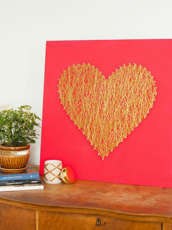 DIY Deko  Valentinstag golden stoff herz form