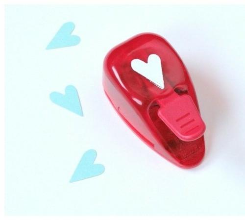 DIY Dekoideen zum Valentinstag Lochstreifenstanzer niedlich