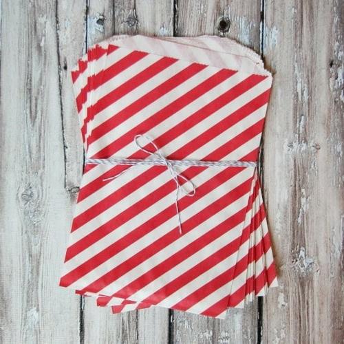 DIY-Dekoideen-zum-Valentinstag-gestreift-tüte-rot-weiß