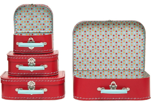 DIY Dekoideen zum Valentinstag groß rot getupft koffer