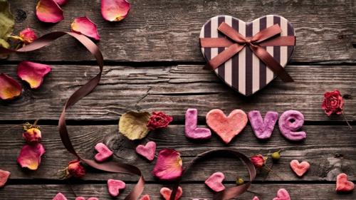 DIY Dekoideen zum Valentinstag holz liebe