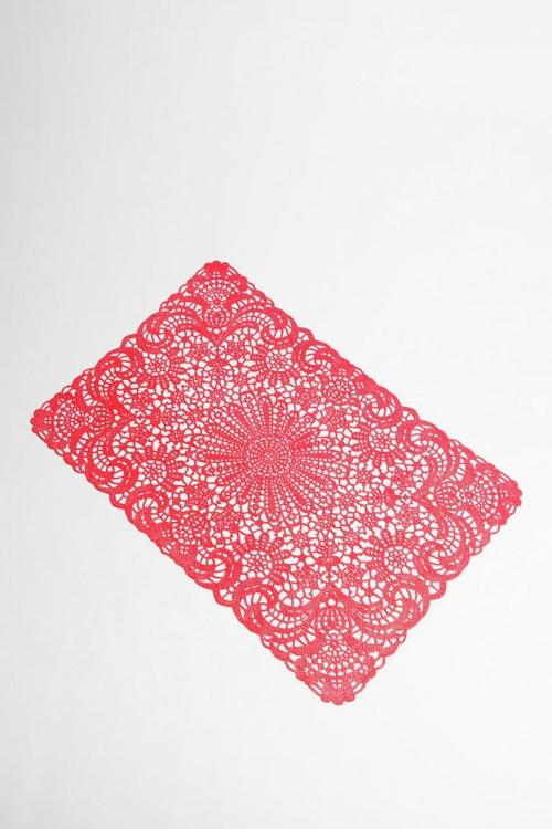 DIY Dekoideen  Valentinstag tischläufer rot gemustert