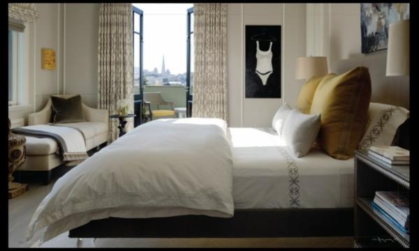 Das Schlafzimmer komplett gestalten kopfkissen bettwäsche weiß
