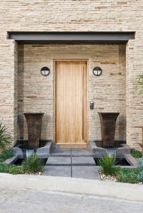 Holztür sanieren außenmauer naturstein modern robust