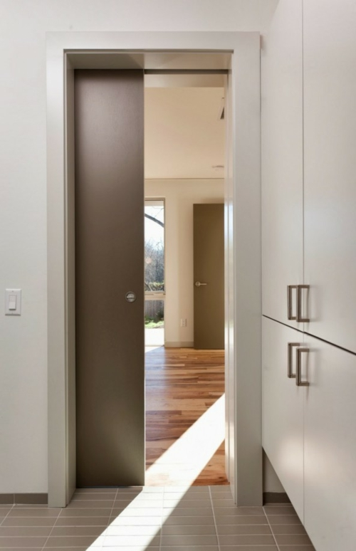 Die Holztür sanieren eingangstür schiebetür