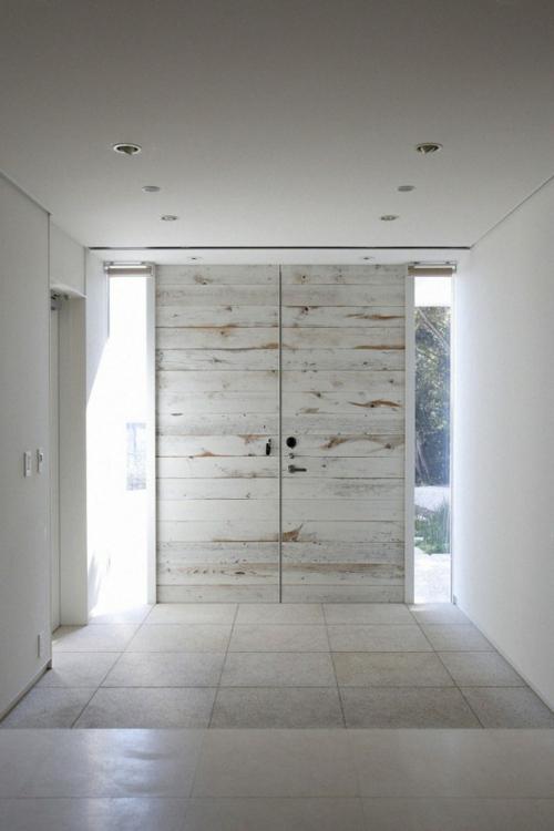 Holztür sanieren eingangstür weiß lackiert dezent