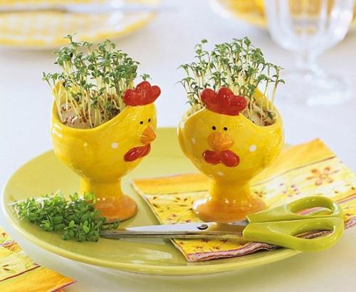Eierhalter Ständer zu Ostern basteln gelbe farbe
