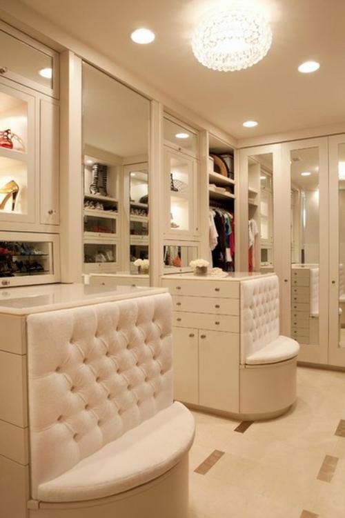 Einrichtungsideen für Wandschrank ankleideraum polsterung vitrinen