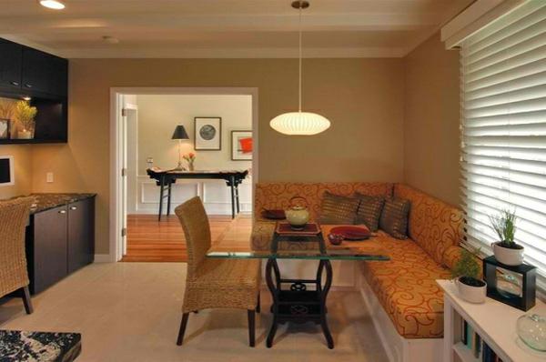 Esstisch mit Stühlen sofa eckig gepolstert gemustert