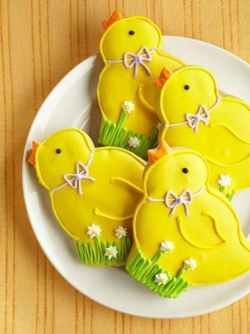 Festliche Dekoideen Ostern gelb küken zucker