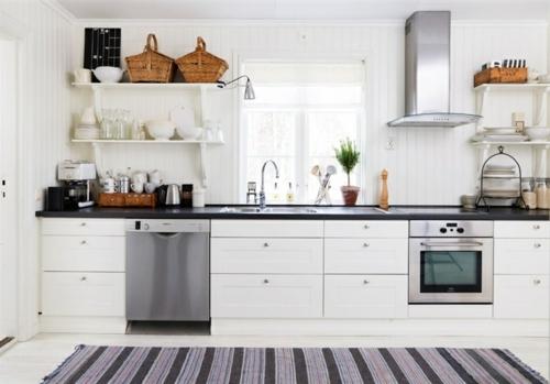 Gemütliche Küche im Landhausstil einrichten teppichläufer