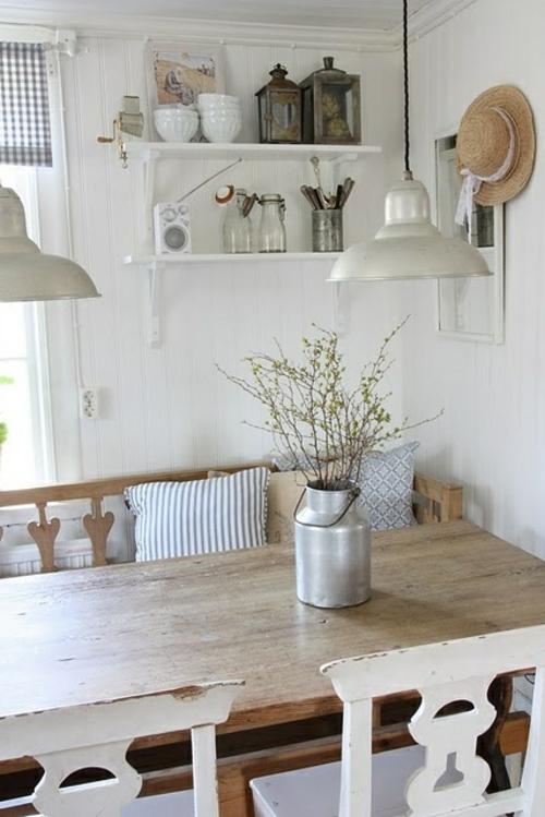 Gemütliche Küche im Landhausstil einrichten wandregale