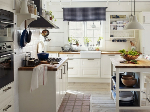 Küche  Landhausstil gestalten authentisch einrichtung weiß