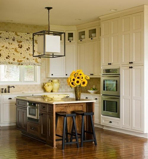 Küche Landhausstil gestalten barhocker schwarz
