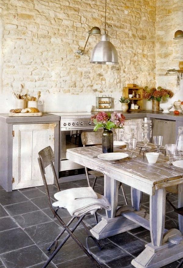 Küchen Designs mit Naturstein gestaltet robust rustikal