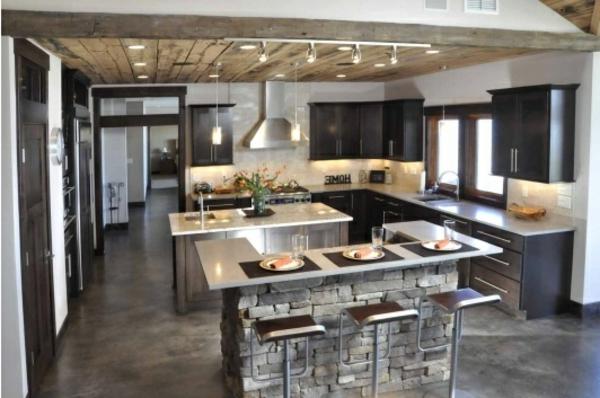 Küchen Designs mit Naturstein gestaltet teller set holz zimmerdecke
