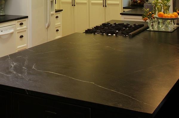 Küchenarbeitsplatte granit kochplatte herd
