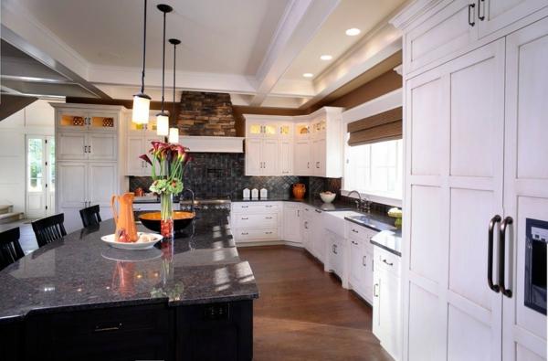 Küchenschrank und Küchenregal organisieren marmor küchenarbeitsplatte