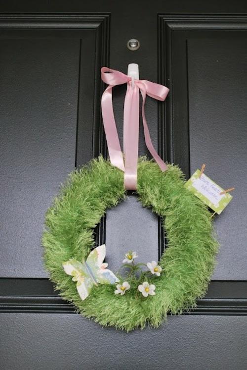 Kranz  Frühlingsblumen basteln blüten rosa schleife gras